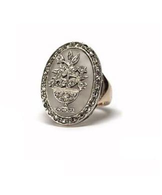 Anello con cristallo di rocca e diamanti | Gioielleria Caruso Napoli