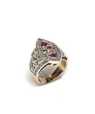 Anello con rubini e diamanti | Gioielleria Caruso Napoli