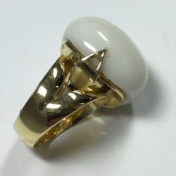 Anello in oro giallo con agata bianca | Gioielleria Caruso Napoli