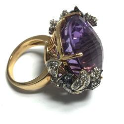 Anello cestino con ametista e diamanti | Gioielleria Caruso Napoli