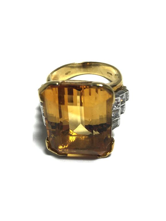 Anello in oro giallo con citrino e diamanti | Gioielleria Caruso Napoli