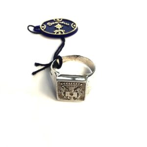 Anello scarabeo milano con stemma regimental | Gioielleria Caruso Napoli