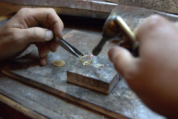 riparazioni-gioielli-caruso
